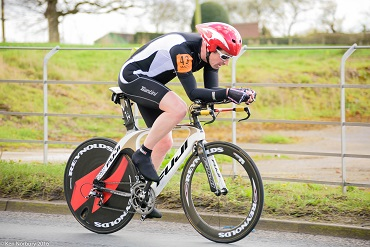 Cheshire CAT cyclist Paul Coulter at Macclesfield Wheelers 25mile Timetrial 2016