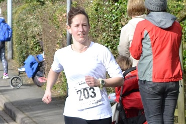Cheshire CAT athlete Leila Coulter at High Legh 10k 2016